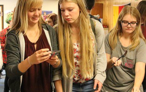 German Exchange Students  Visit Campus through October 22